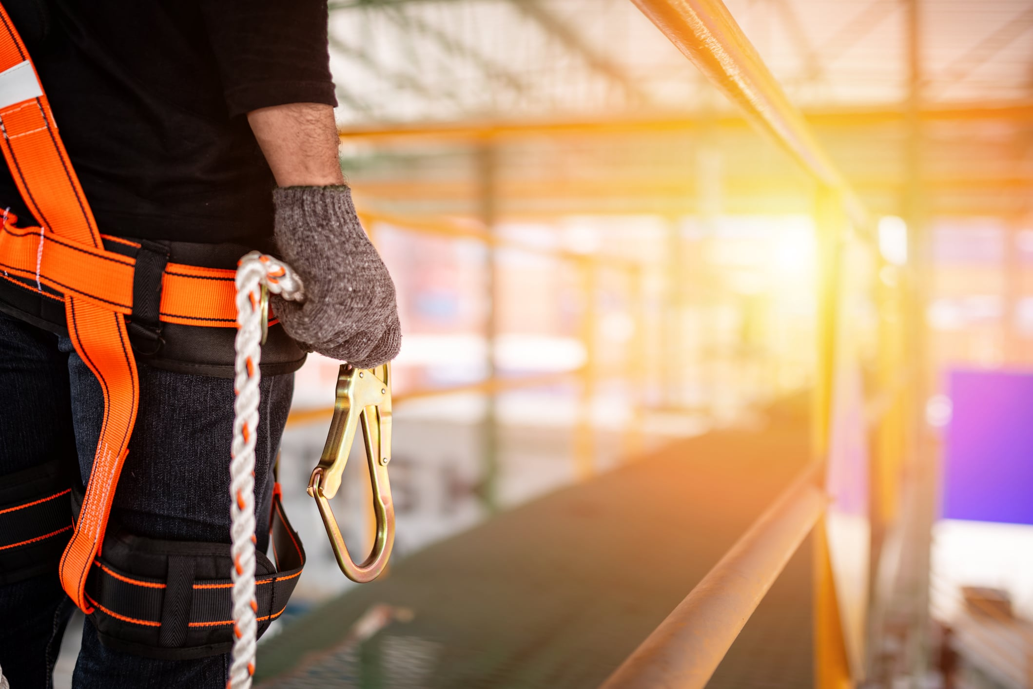 Report Any of These Fall Hazards at Your Workplace to OSHA